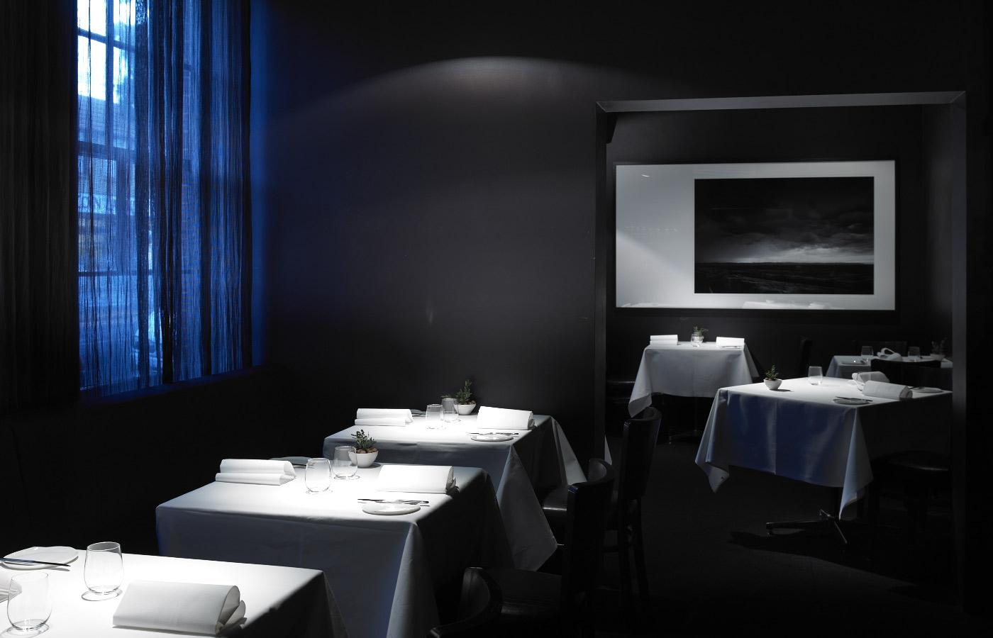 restaurantfurniturearoundtheworld1.jpg