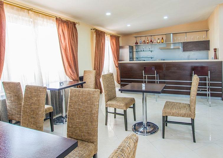 201705_GRC_Blog_Residential_Furniture_Fails_3.jpg