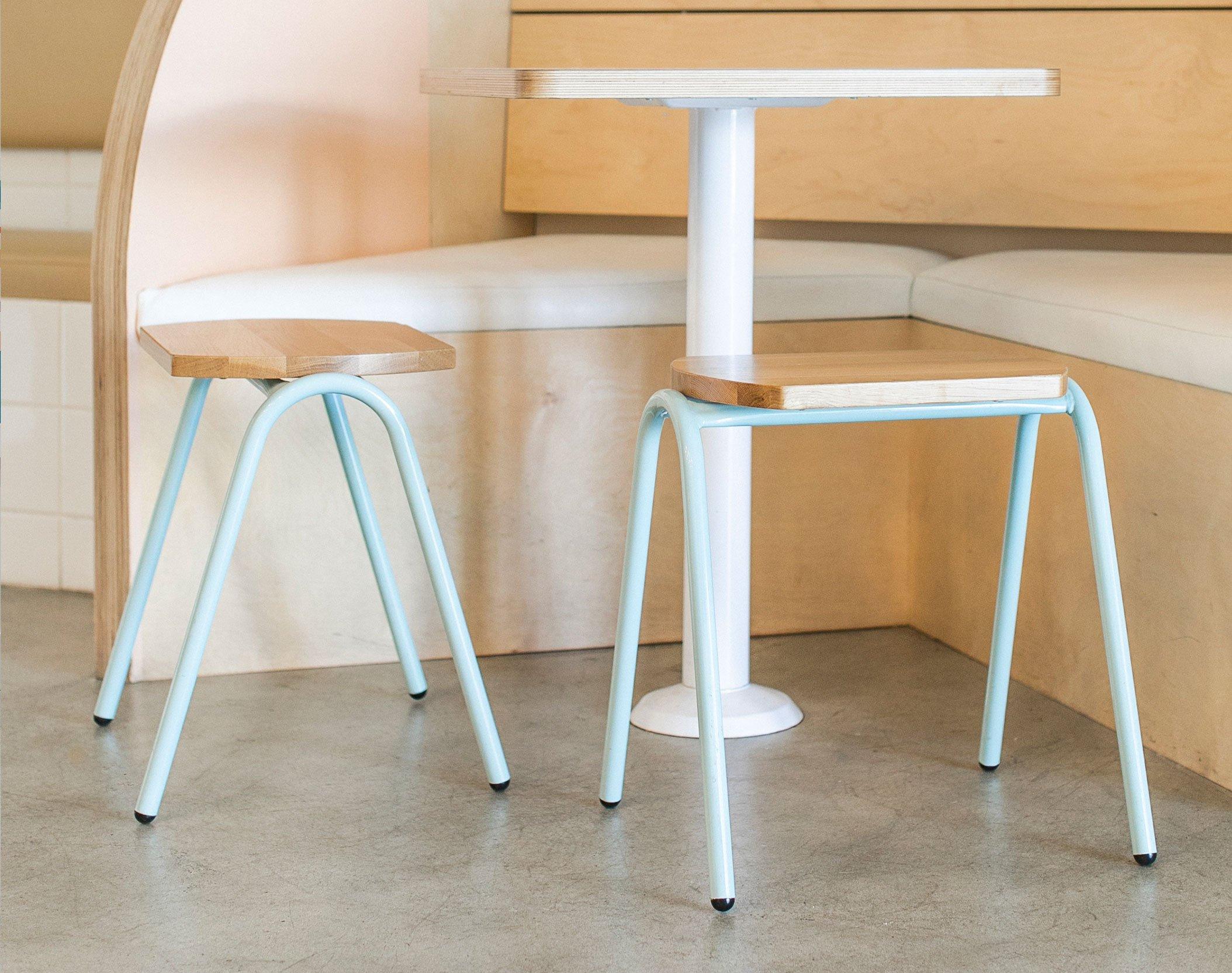 Hurdle_stools_Iceskimo7