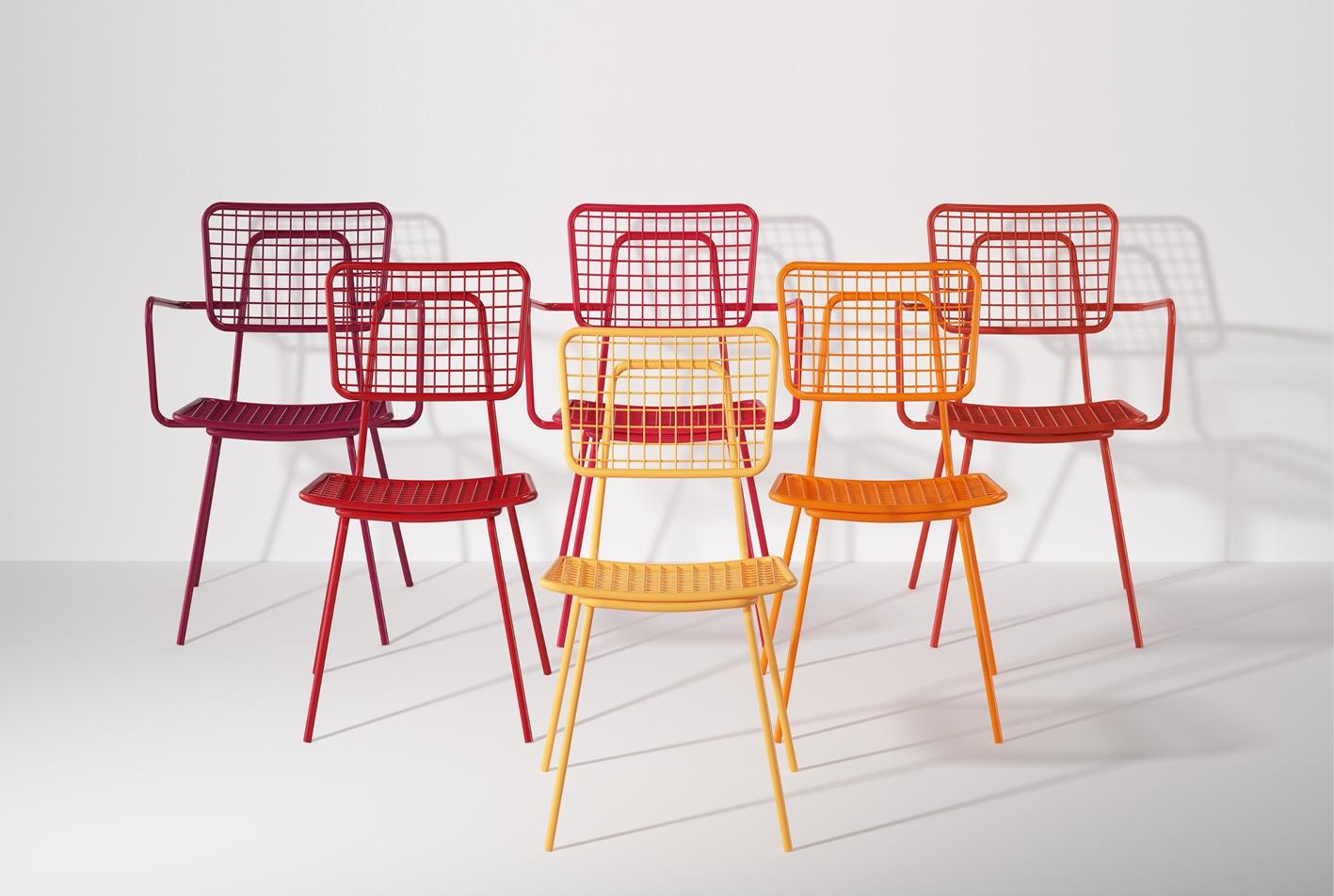 Outdoor Restaurant Chairs.jpg