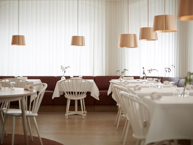 restaurantfurniturearoundtheworld7.jpg