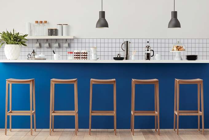 4 Things To Consider Before Buying New Restaurant Furniture